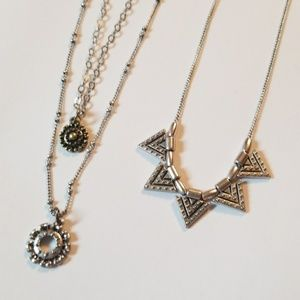 AEO AMERICAN EAGLE NECKLACES FLOWERS AZTEC